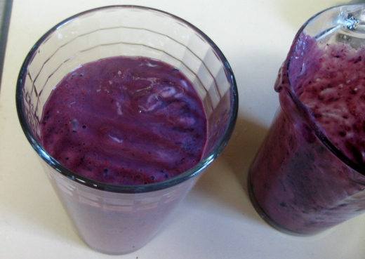 purple cabbage smoothie