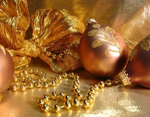 christmas-gold-1420831